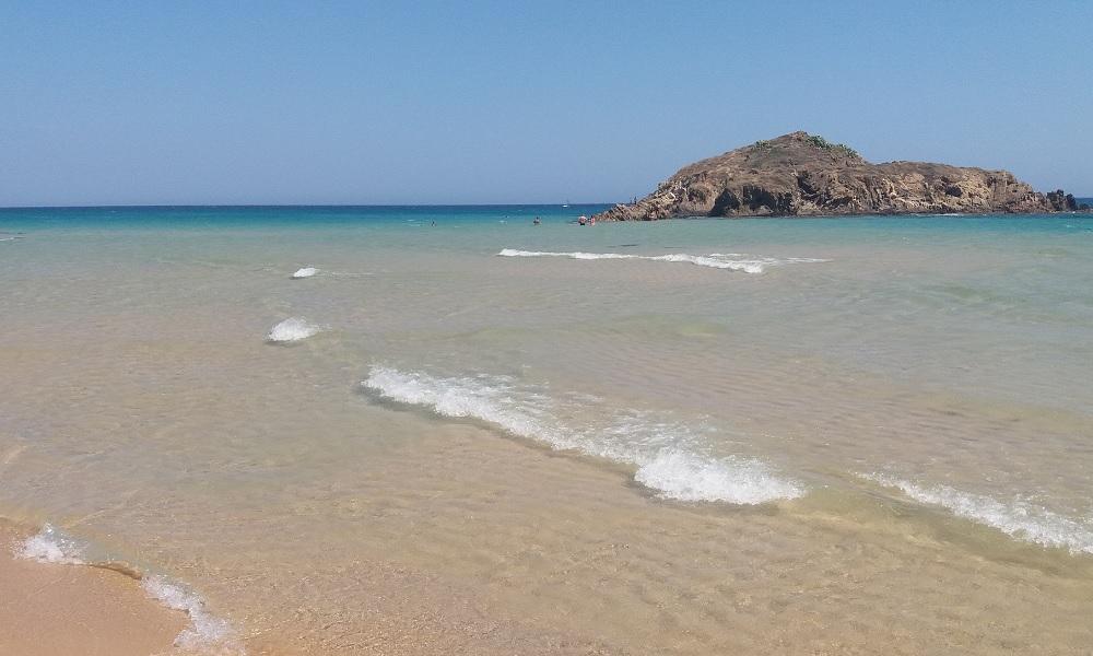 Sardegna, Chia, Spiaggia Su Giudeu: paradiso terrestre, per grandi e bambini