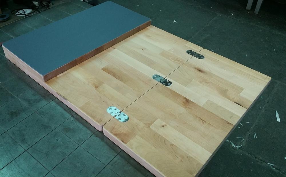 Il tavolo giusto per il camper con il fai da te genius - Tavolo pieghevole fai da te ...