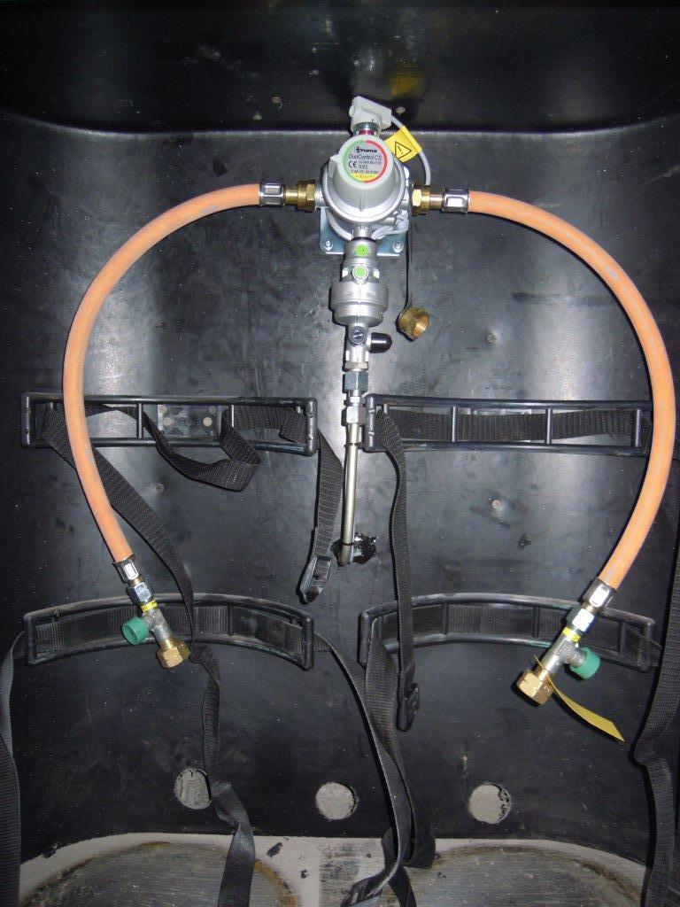 Sostituzione del regolatore del gas con Truma DUo control