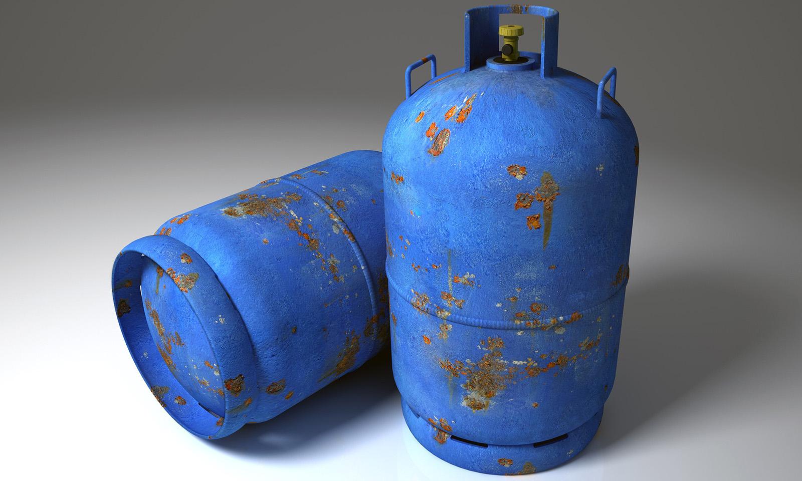 Camper e bombole del gas in inverno