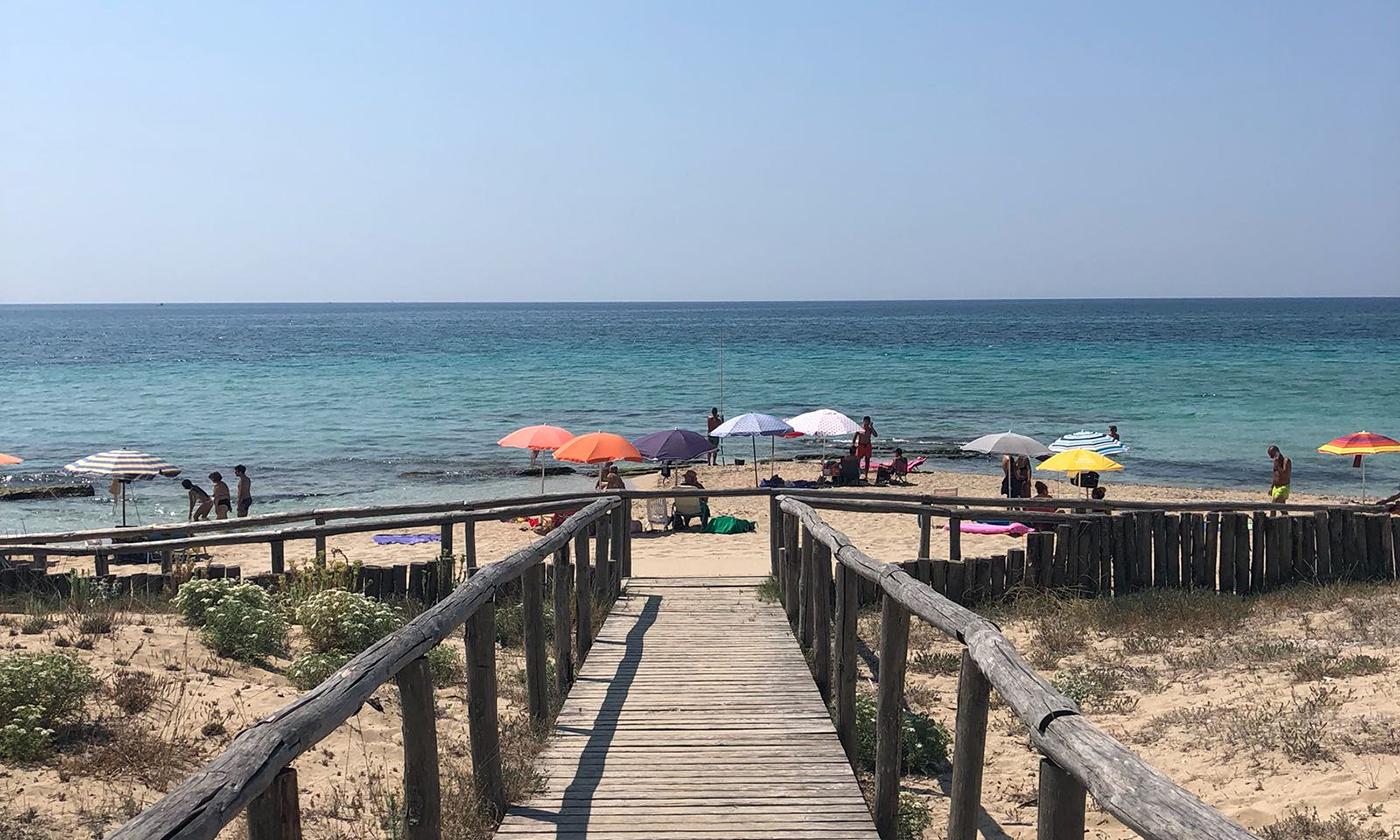 Puglia, San Pietro in Bevagna: Area Sosta Camper Attrezzata Holiday