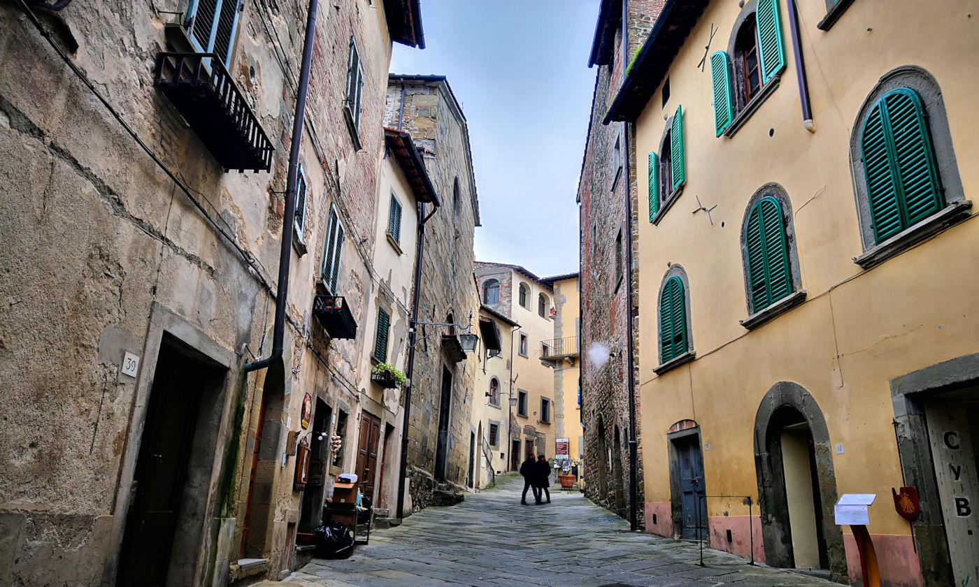Arezzo e provincia viaggio itinerante in auto camper o roulotte - Anghiari