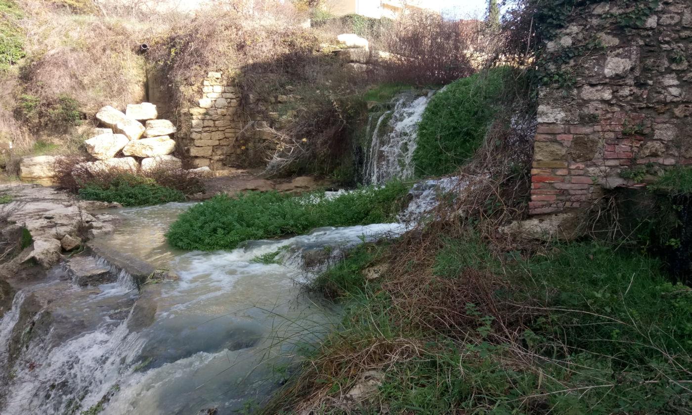 Toscana tra terme e borghi in caravan o camper - Asciano fiume
