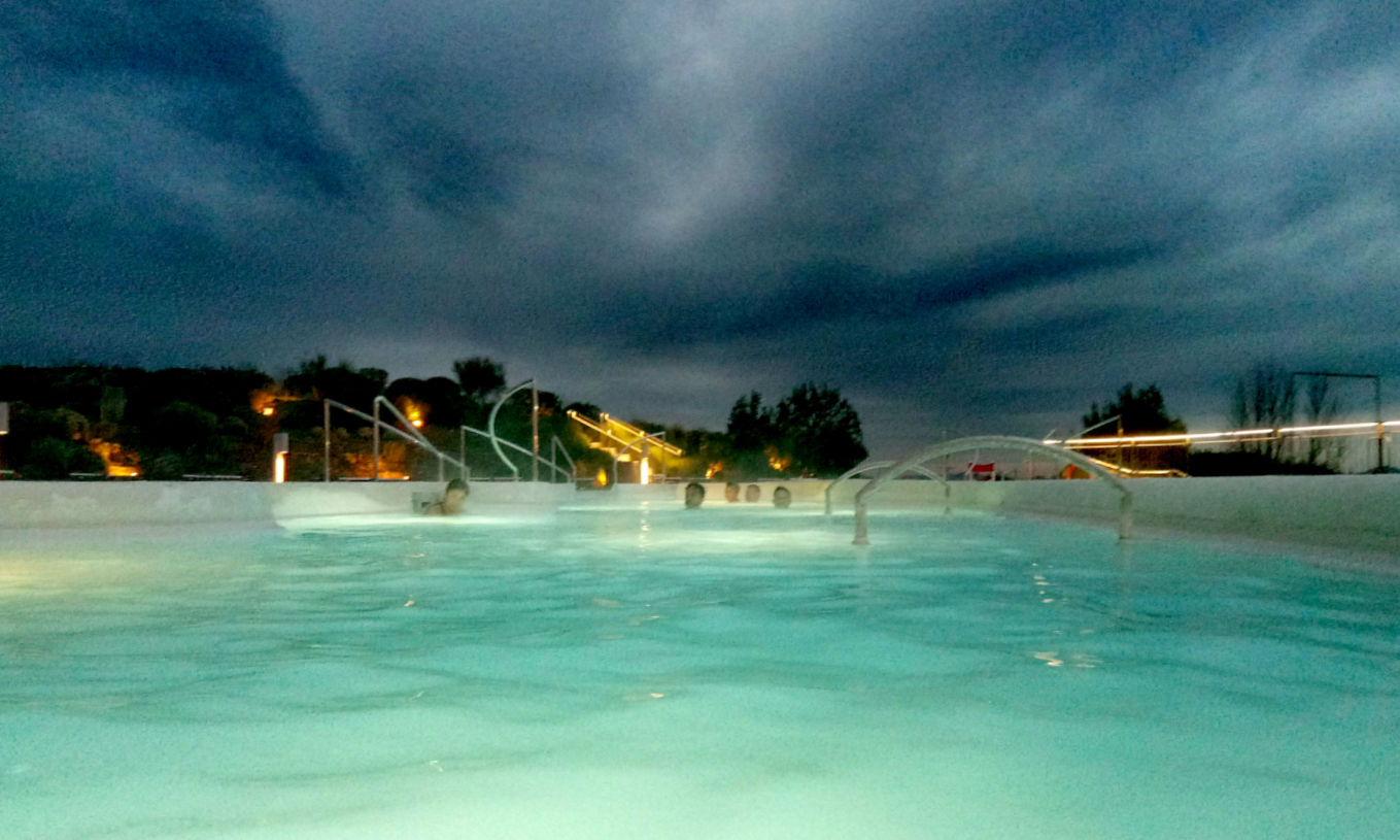 Toscana tra terme e borghi in caravan o camper - Rapolano Terme piscina