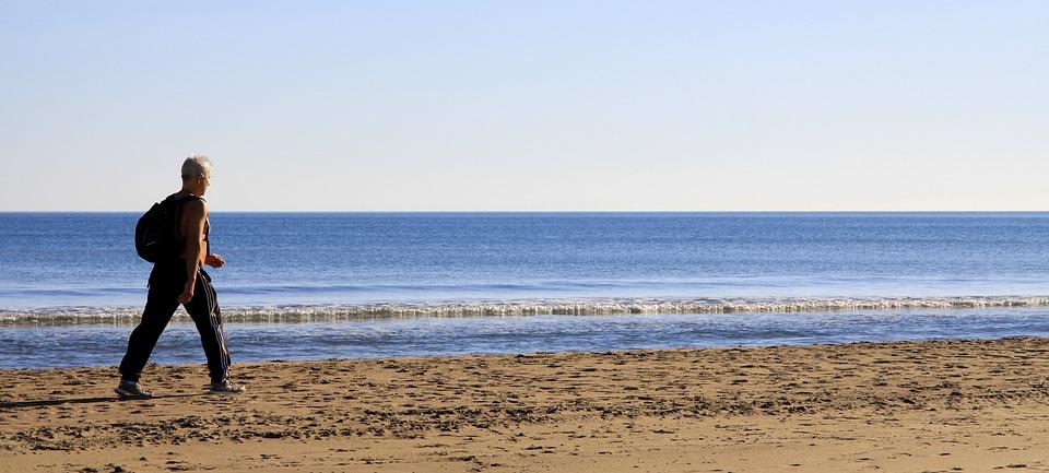 Trekking sugli appennini e colli piacentini - camminare in spiaggia