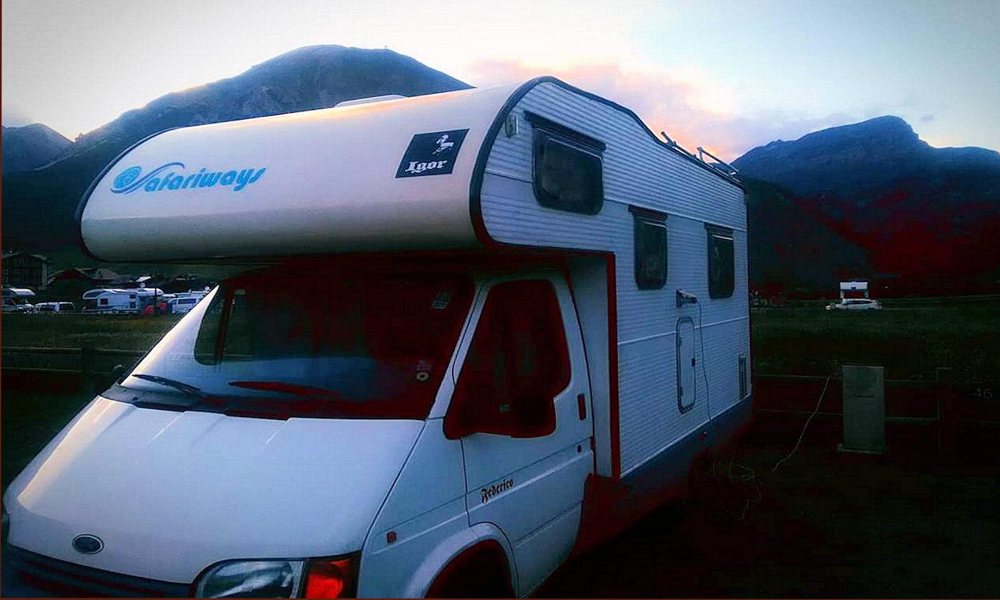 Alla scoperta della fauna alpina in camper e caravan - Copertina