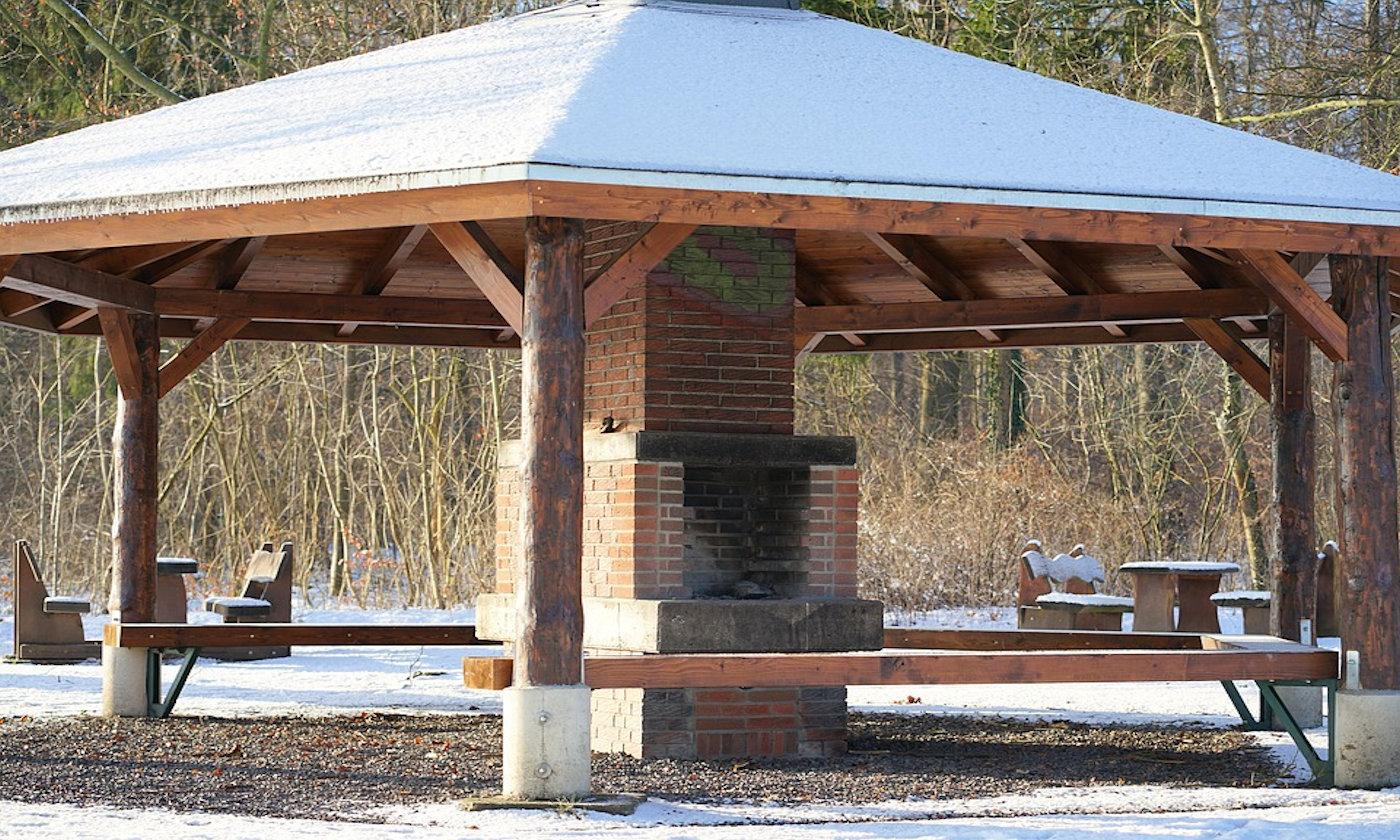 Barbecue a gas in camper e caravan - Barbecue campeggio in muratura