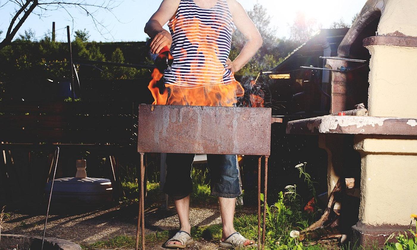 Barbecue a gas in camper e caravan - Barbecue fuoco