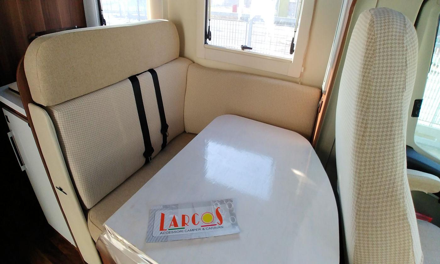 Nuove coperture dinette camper Larcos - Copertina