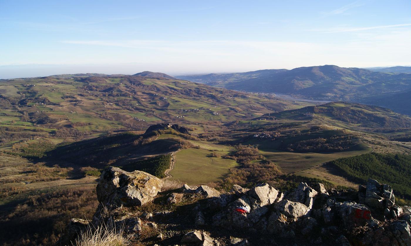 Scoprire gli appennini e i colli piacentini - Val Trebbia panorama