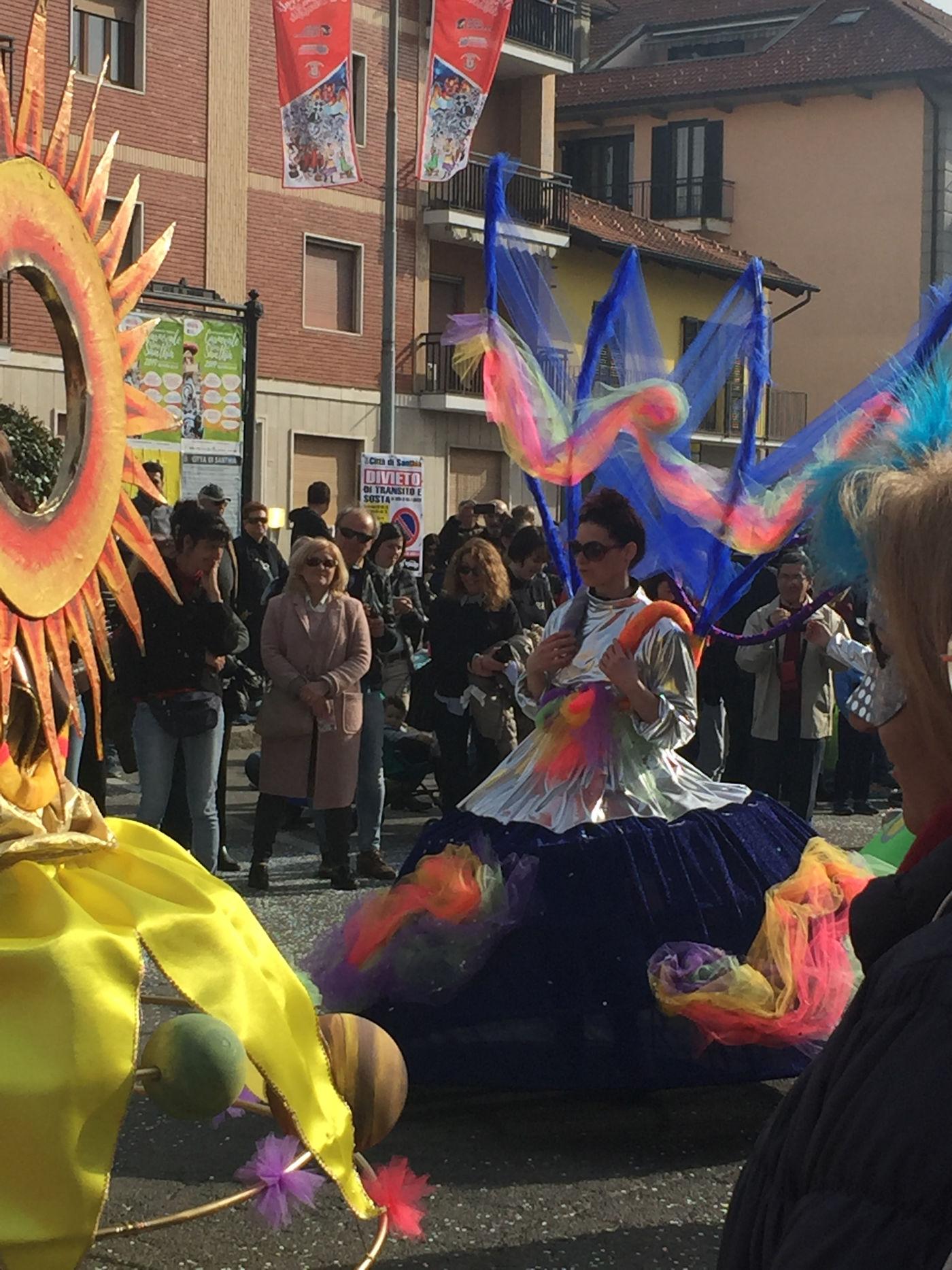 Carnevale di Santhià in camper - Sfilata maschere Santhià