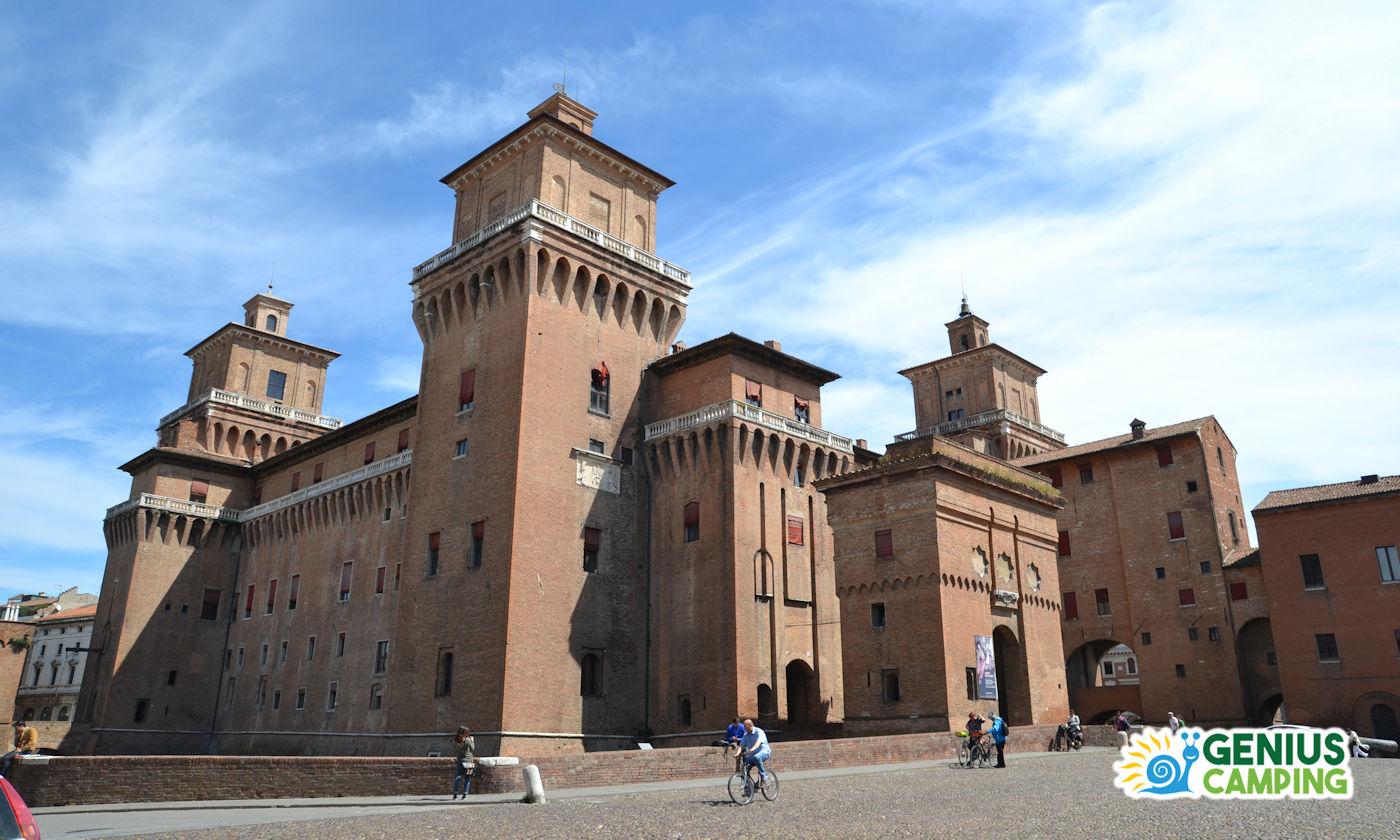 Ferrara in camper - Castello estense