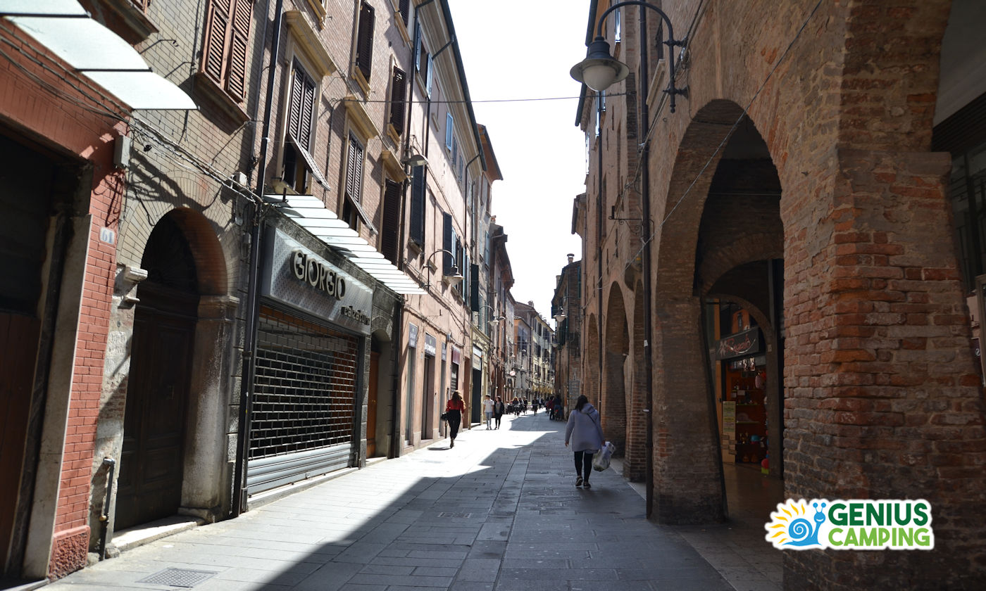 Ferrara in camper - Via San Romano
