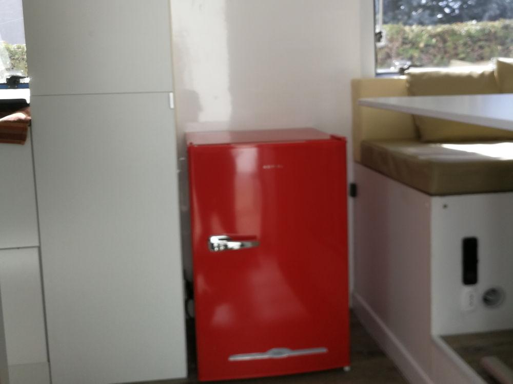 Trasformare un camion in un camper - frigorifero
