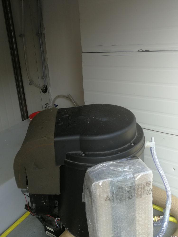 Trasformare un camion in un camper - doccia