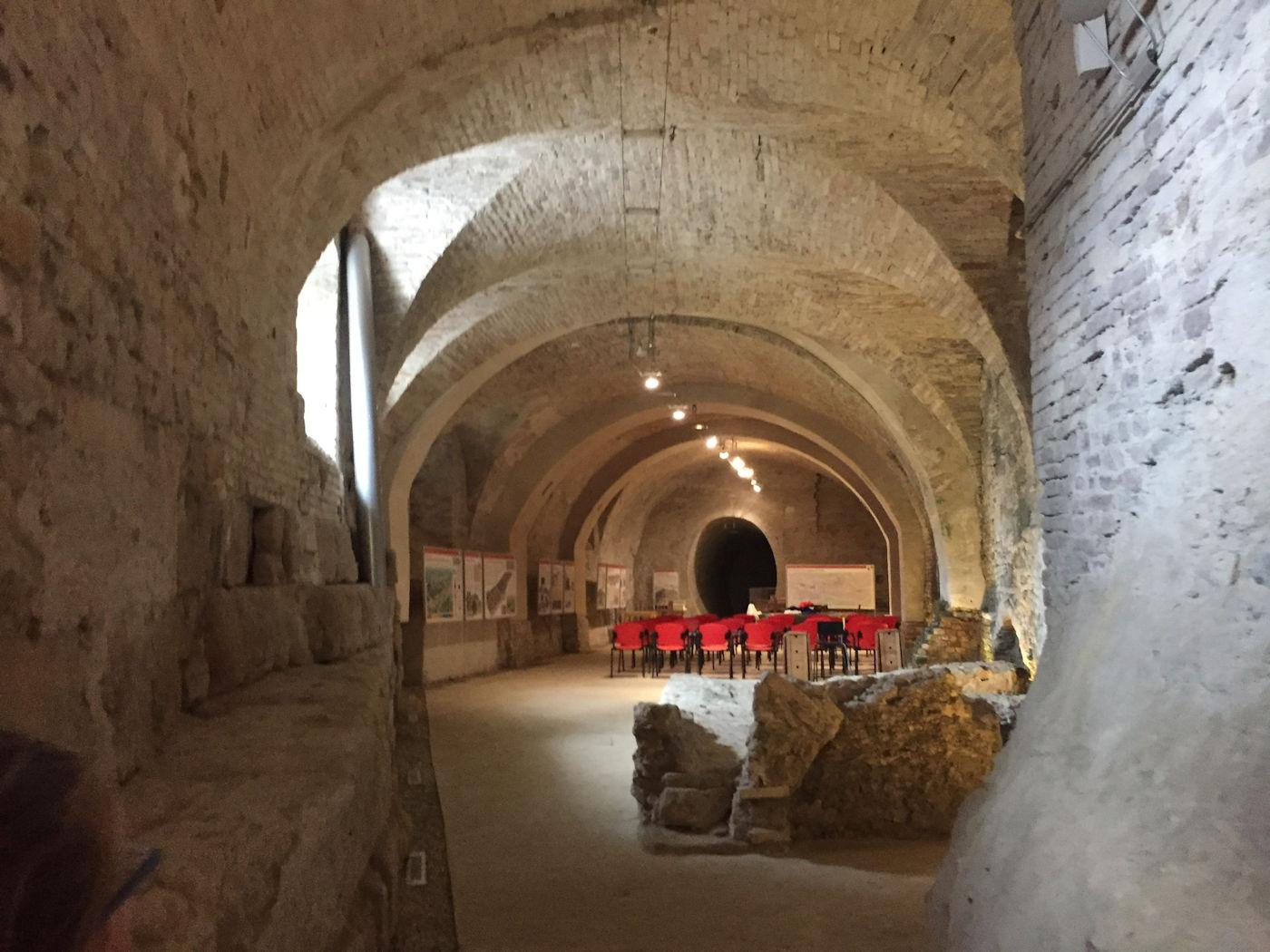 In camper nelle Marche Osimo - Grotte gallerie di Osimo