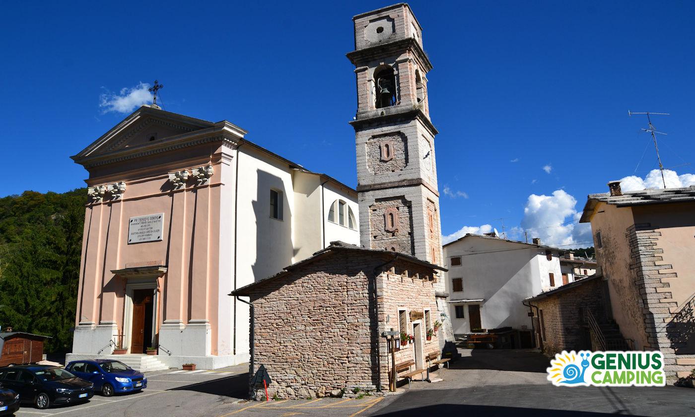 Parco delle cascate di Molina Valpolicella - Chiesa