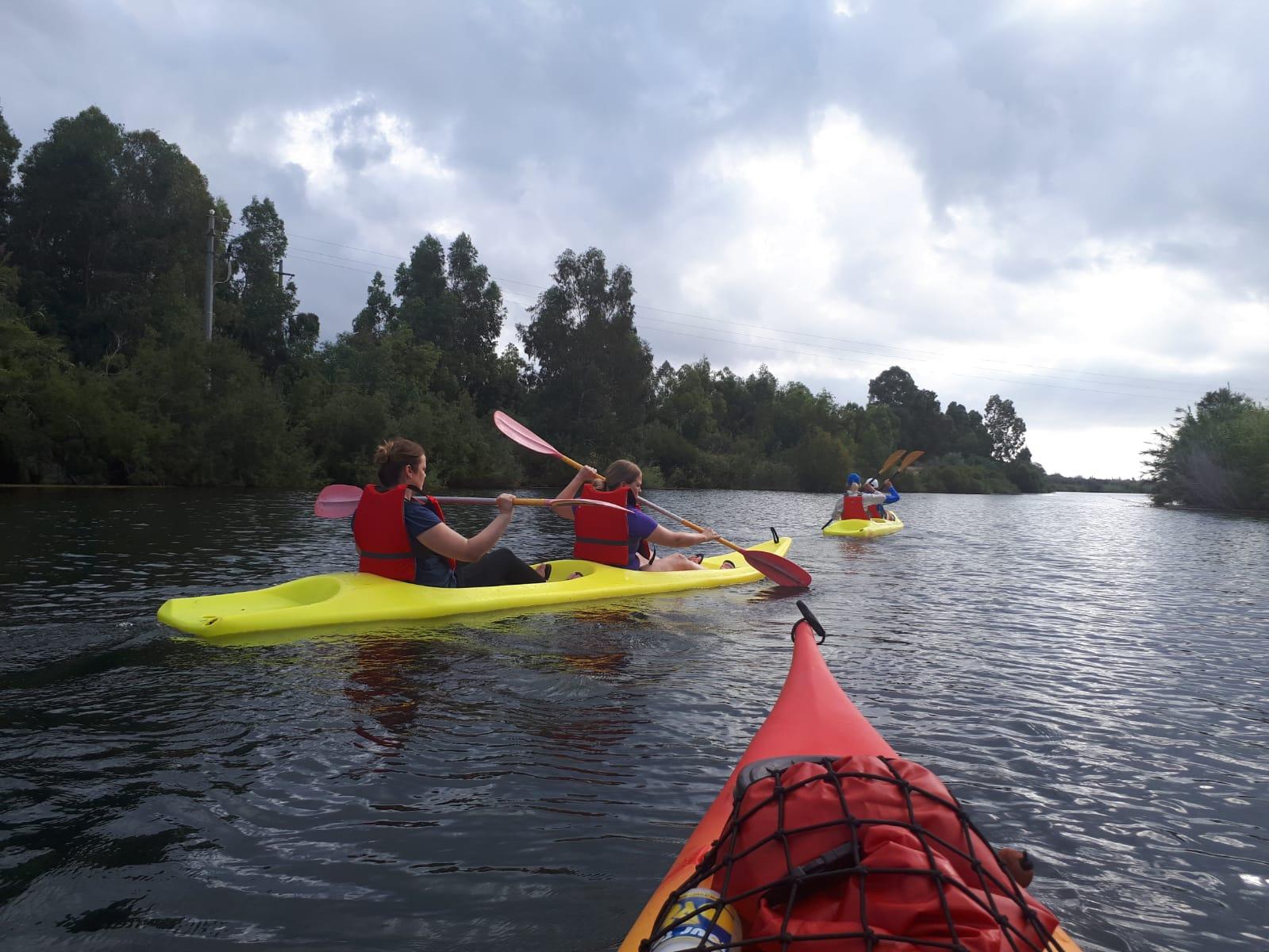 Settimane Sarde al Camping Capo Ferrato in Sardegna in canoa sul Flumendosa