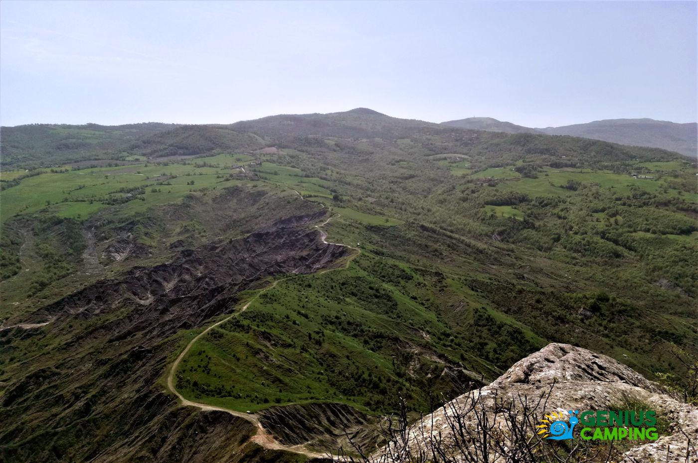 Valmarecchia e Montefeltro La rocca di Maioletto - Sentiero Maioletto 2