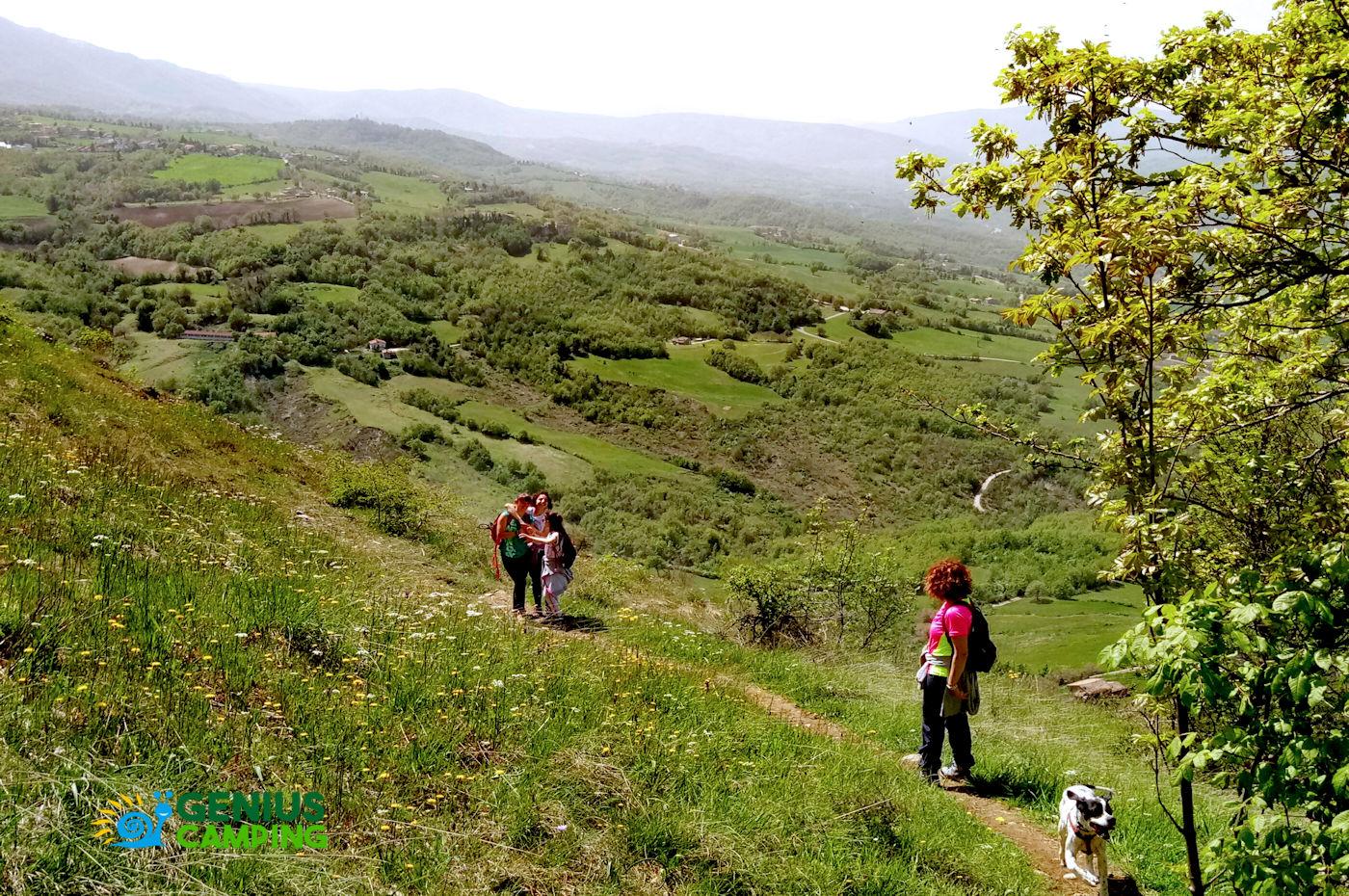 Valmarecchia e Montefeltro La rocca di Maioletto - Sentiero Maioletto