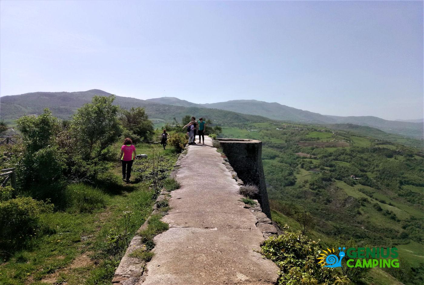 Valmarecchia e Montefeltro La rocca di Maioletto - rocca di Maioletto cima