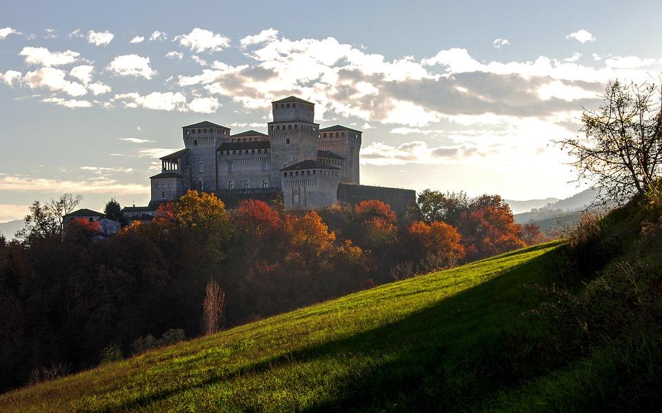 Halloween 2019 in camper - castello torrechiara