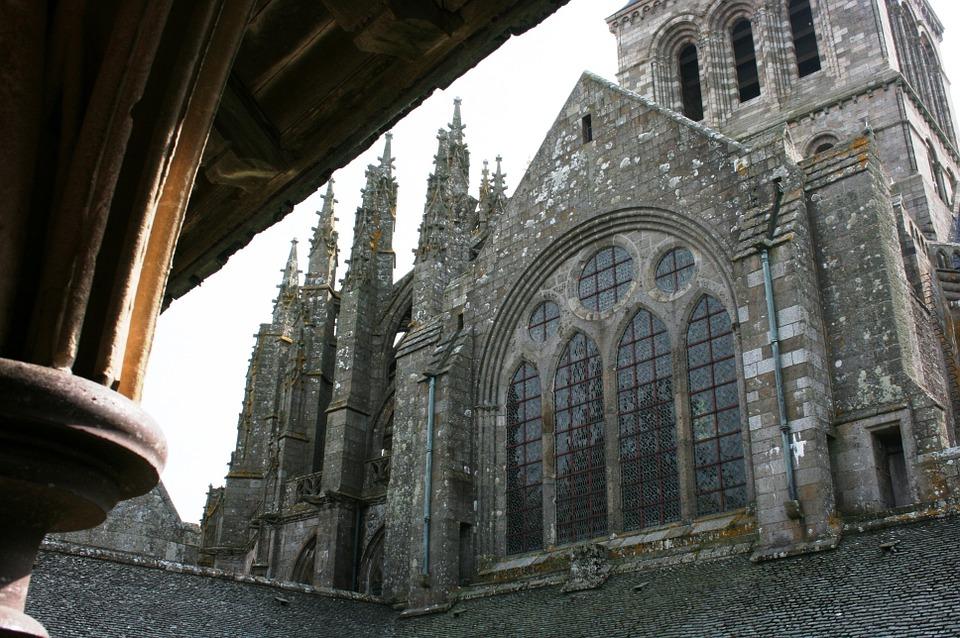 Mont Saint Michel in camper - abbazia